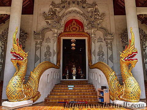 The Entrance of Main Prayer Hall of Wat Chedi Luang