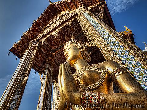 Kinnari 01 - Wat Phra Kaew
