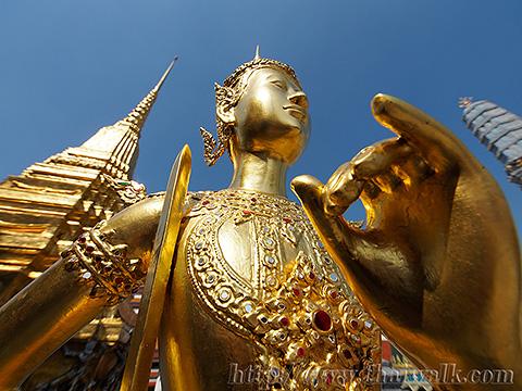 Kinnon 01 - Wat Phra Kaew