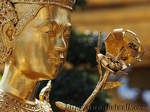 Kinnon 03 - Wat Phra Kaew