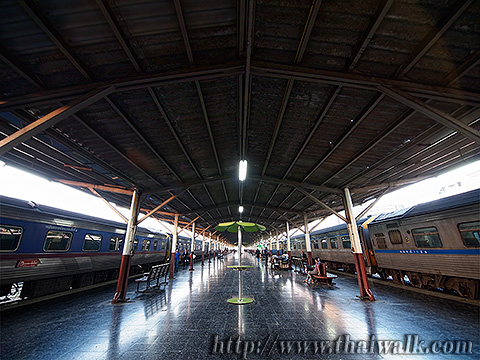 Train travel to Chiang Mai 001