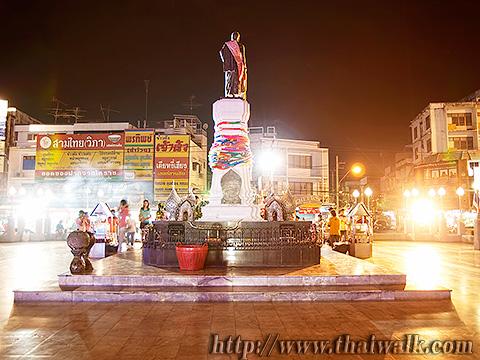 Thao Suranari Monument Part.6