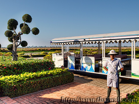 the staff of Sukhothai airport