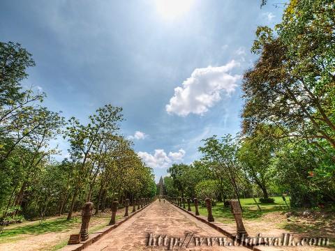 Phanom Rung - the walkway Part.2
