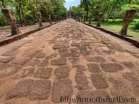 Phanom Rung - the walkway Part.3