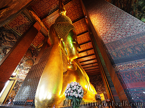 The Reclining Buddha at Wat Pho No.1