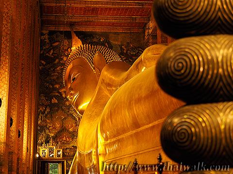 The Reclining Buddha at Wat Pho No.8