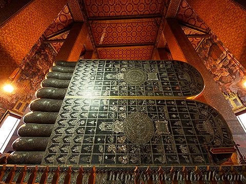 The Reclining Buddha at Wat Pho No.10