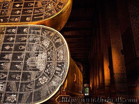 The Reclining Buddha at Wat Pho No.11