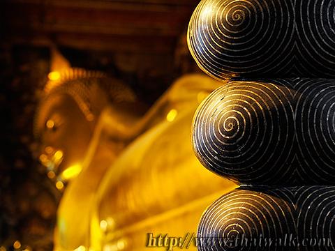 The Reclining Buddha at Wat Pho No.12