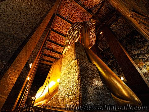 The Reclining Buddha at Wat Pho No.15