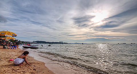 Pattaya Beach – Sunset