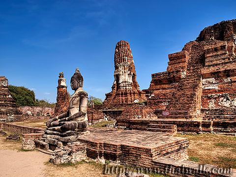 Wat Phra Mahathat in Ayutthaya No.01