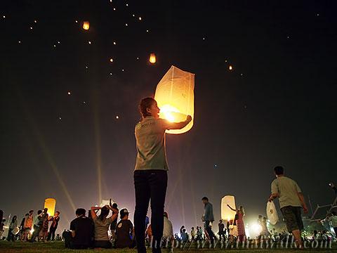 Khom Loy (Sky Lantern) in Bangkok No.09