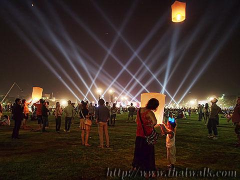 Khom Loy (Sky Lantern) in Bangkok No.14