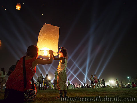 Khom Loy (Sky Lantern) in Bangkok No.15