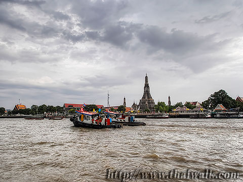 Wat Arun - The view across the river No.03