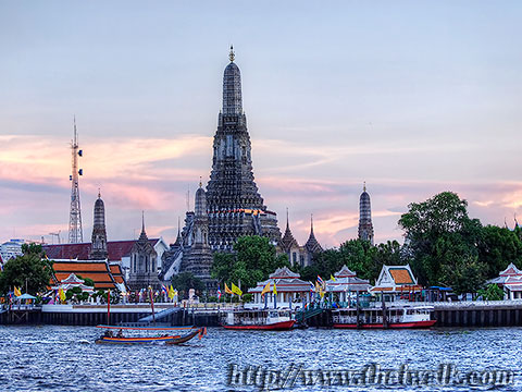Wat Arun - The view across the river No.05