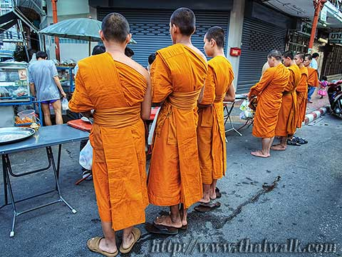 Thai people and monks No.03