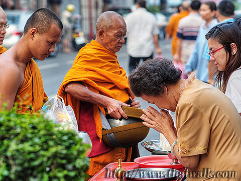Thai people and monks No.05