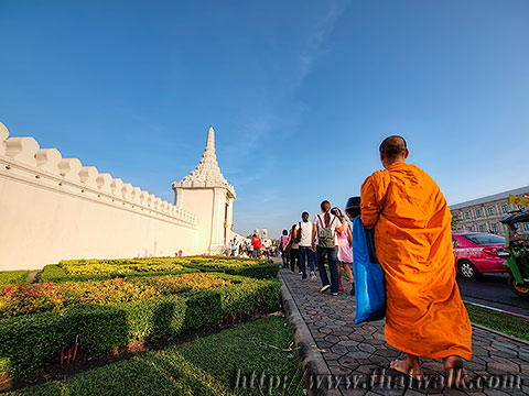 Thai people and monks No.13