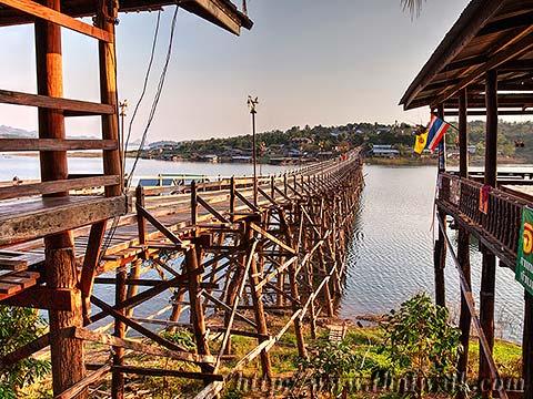 Mon Bridge No.04