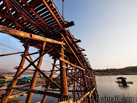 Mon Bridge No.05