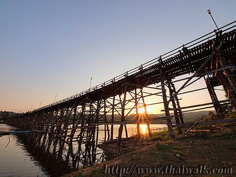 Mon Bridge No.06