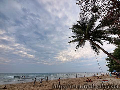 White Sand Beach under a cloudy sky No.01