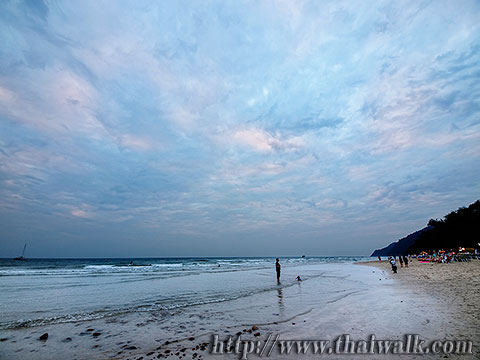 White Sand Beach under a cloudy sky No.12